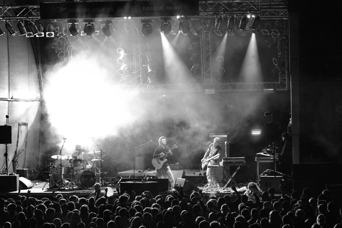 Hogni, in black and white, at the G! Festival. Another 'crowd' shot.