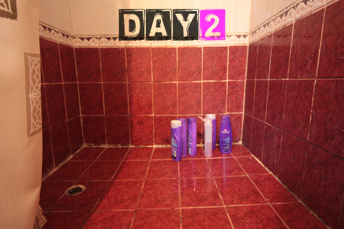 girls_shower_toiletries-day-2