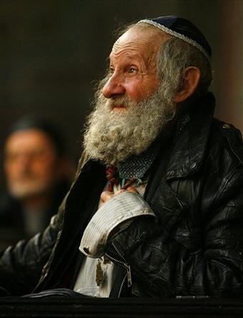 An Old Jew. Rather cute, really. That's what my great uncle looks like.