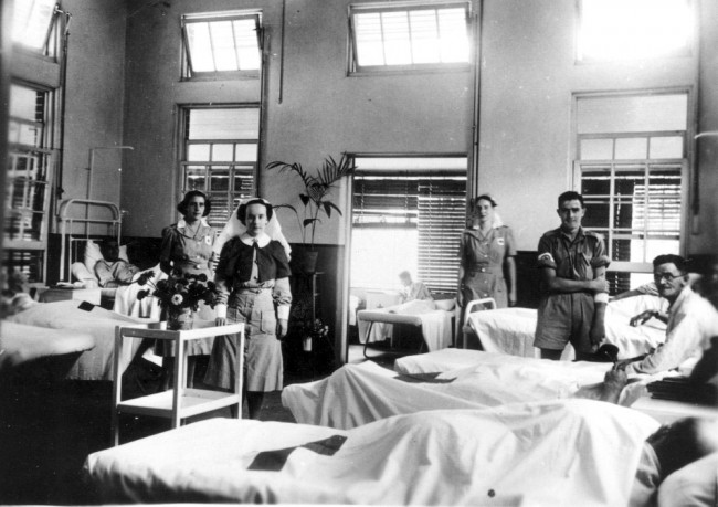 World War 2 hospital -- the kind of place that the original morphine/placebo effect was discovered.