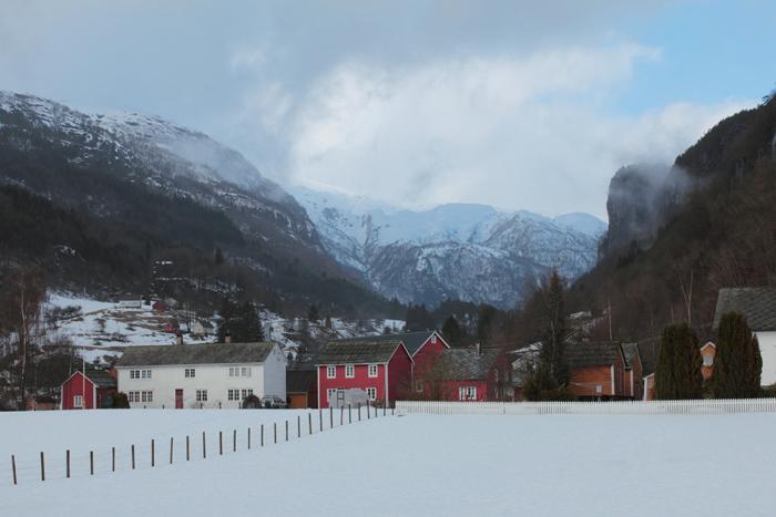 The valley behind Strandebarm (Osdalsvatnet?) in Norway (Kvam/Hordaland)