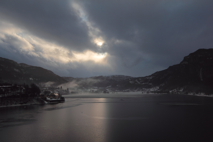 Mo lake/Hardangerfjord, in Norheimsund (Kvam)
